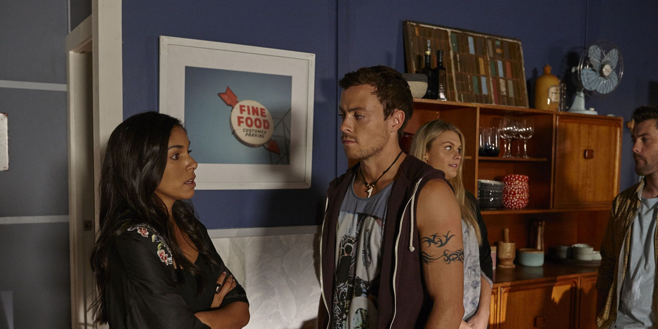 Dean Thompson arrives at the Morgan house in Home and Away