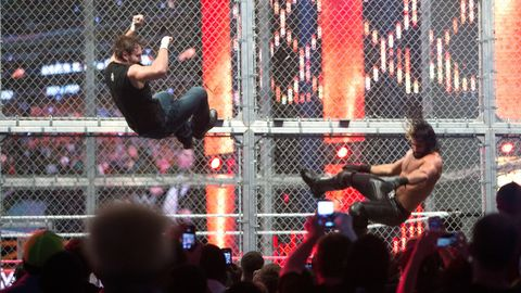 WWE Hell in a Cell: Dean Ambrose vs Seth Rollins