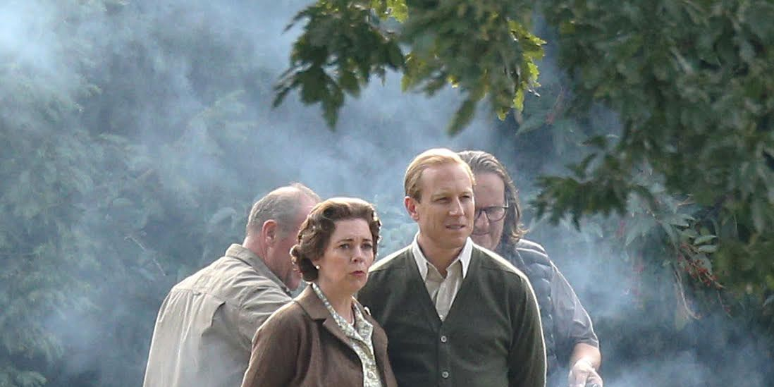 NO REUSE: Olivia Colman filming The Crown season 3