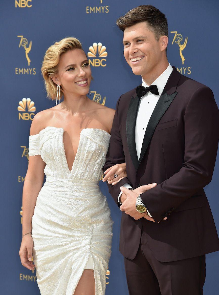 Marvel Star Scarlett Johansson Marries Snl S Colin Jost
