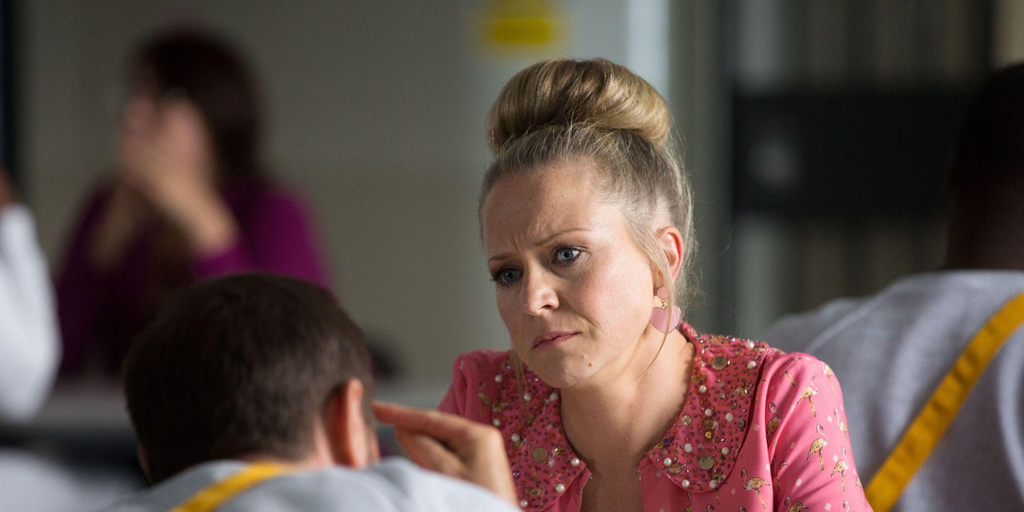 Linda Carter visits Mick in prison in EastEnders