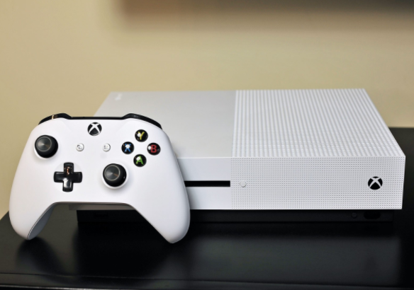 Save £50 on the Xbox One S with this huge Microsoft deal