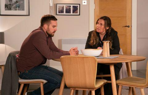 Ali Neeson is interviewed by DS Mackinnon in Coronation Street
