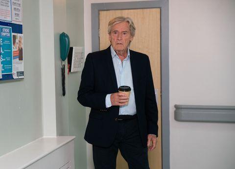 Ken Barlow sees Sinead Tinker at the hospital in Coronation Street