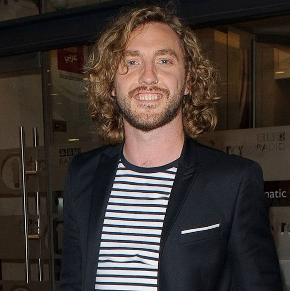 Strictly Come Dancing's Seann Walsh unveils shock new look