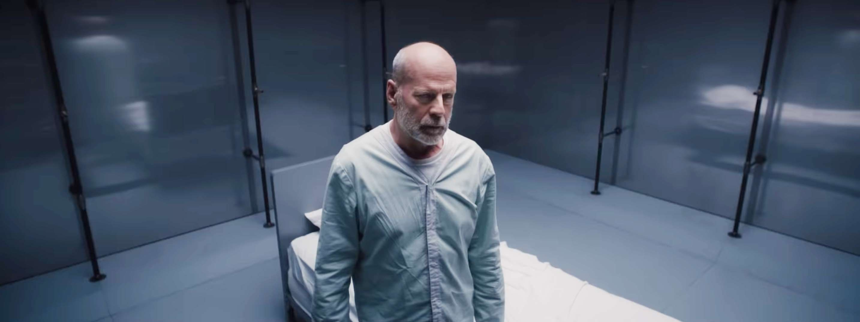 Unbreakable sequel Glass sees the bad guys teaming up in new trailer and reveals Bruce Willis's superhero name