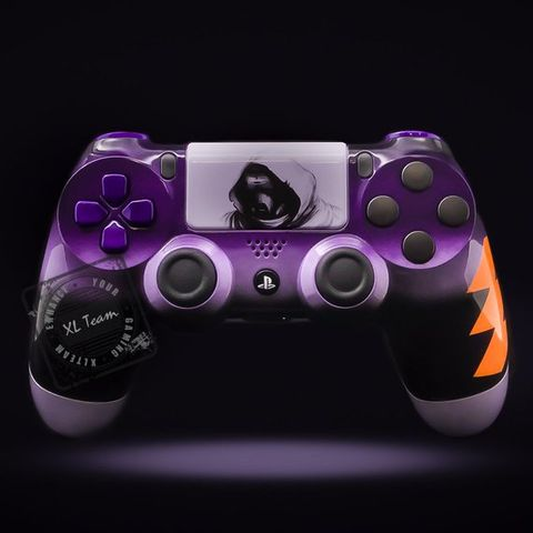 10 amazing custom-themed PS4 controllers that you need to own