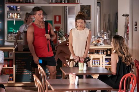 Tori Morgan shares her baby decision with Mason Morgan and Leah Patterson-Baker in Home and Away