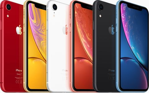 premium selection 2fea1 a6641 iPhone XR deal of the day – Buy the new budget phone right now