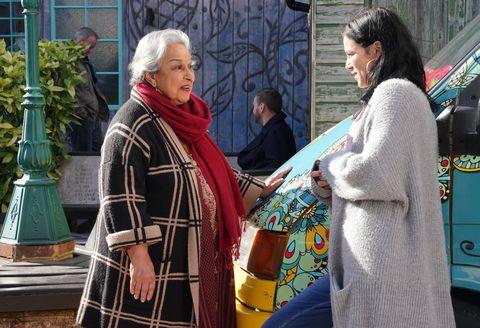 Hayley Slater speaks to Mariam Ahmed in EastEnders