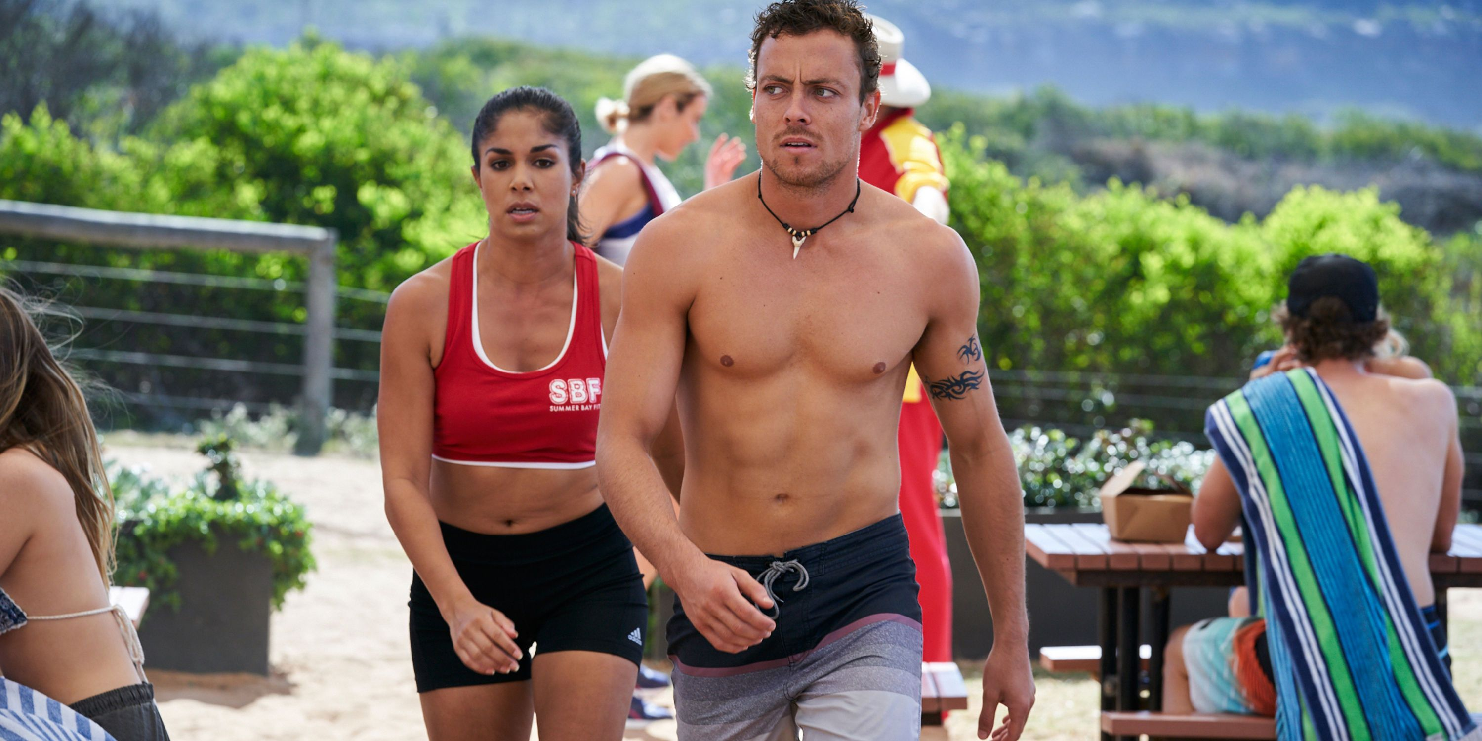 Willow Harris with Dean Thompson in Home and Away