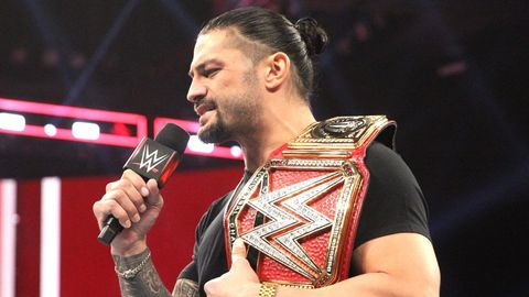 WWE Raw results - Roman Reigns gives up title to battle