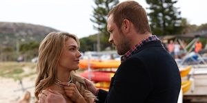 Robbo prepares for a date with Jasmine Delaney in Home and Away