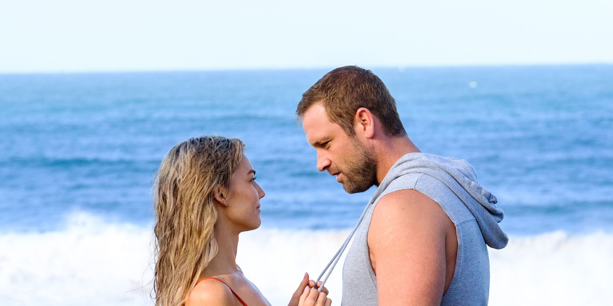 Jasmine Delaney with Robbo in Home and Away