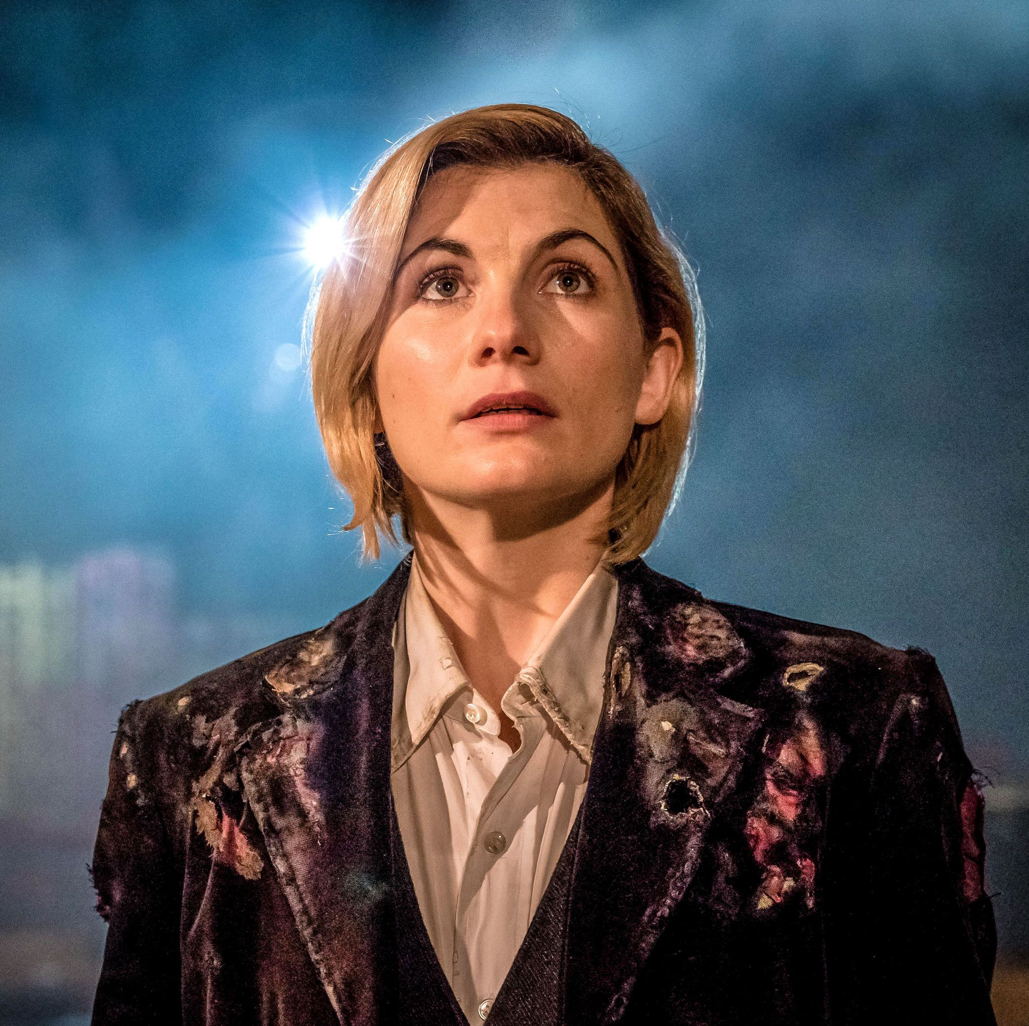 """Steven Moffat defends Jodie Whittaker's Doctor Who: """"I'm loving it and you should too"""""""