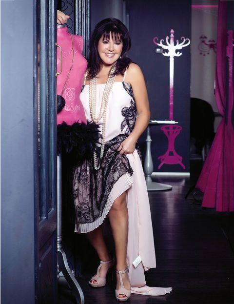 Shoulder, Textile, Dress, Pink, Style, Magenta, One-piece garment, Black hair, Fashion, Day dress,
