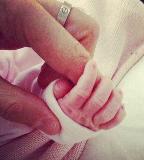 Finger, Skin, Hand, Nail, Thumb, Ring, Gesture,