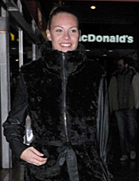 Sleeve, Human body, Jacket, Textile, Style, Street fashion, Fashion, Winter, Leather, Fur,