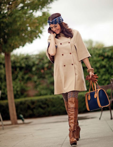 Clothing, Brown, Sleeve, Textile, Outerwear, Coat, Bag, Style, Fashion accessory, Street fashion,