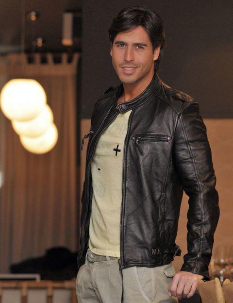 Jacket, Sleeve, Collar, Textile, Shirt, Outerwear, Denim, Leather, Pocket, Leather jacket,