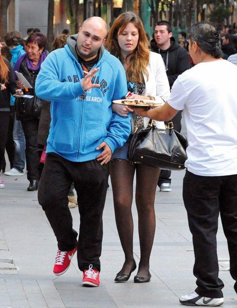 Clothing, Footwear, Leg, Trousers, Shirt, Jeans, Outerwear, T-shirt, Style, Denim,