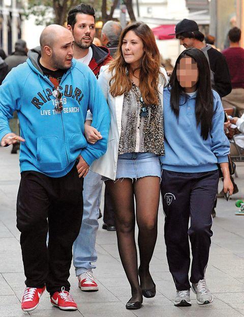 Clothing, Footwear, Trousers, Shirt, Outerwear, T-shirt, Style, Street fashion, Jacket, Fashion,