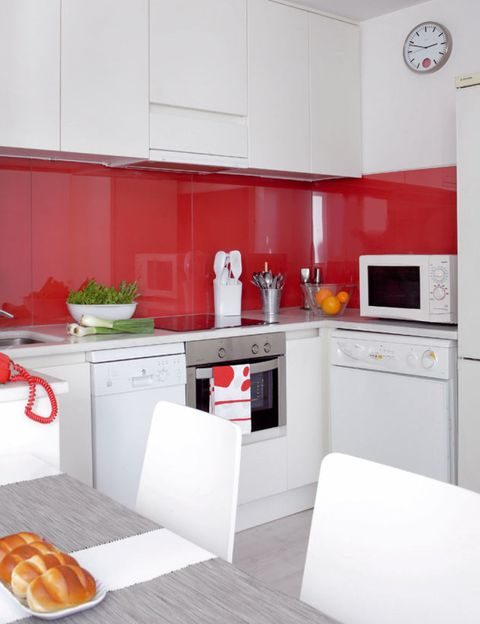 Room, Major appliance, White, Bread, Kitchen, Home appliance, Cuisine, Food, Kitchen appliance, Countertop,