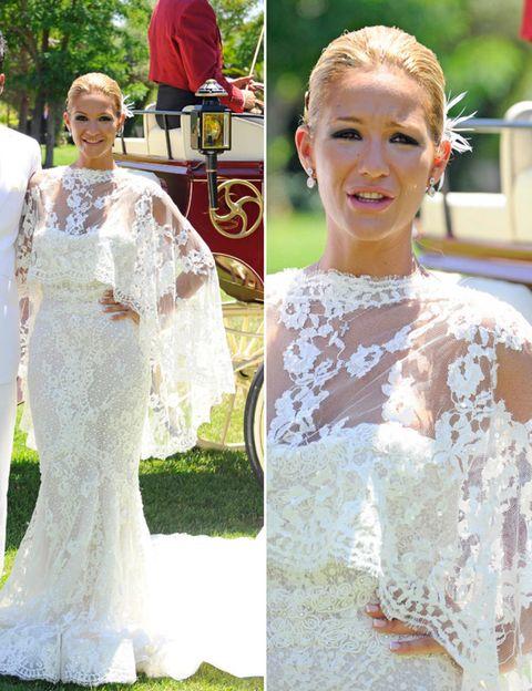 Clothing, Face, Head, Sleeve, Dress, Shoulder, Photograph, Petal, Bridal clothing, Wedding dress,