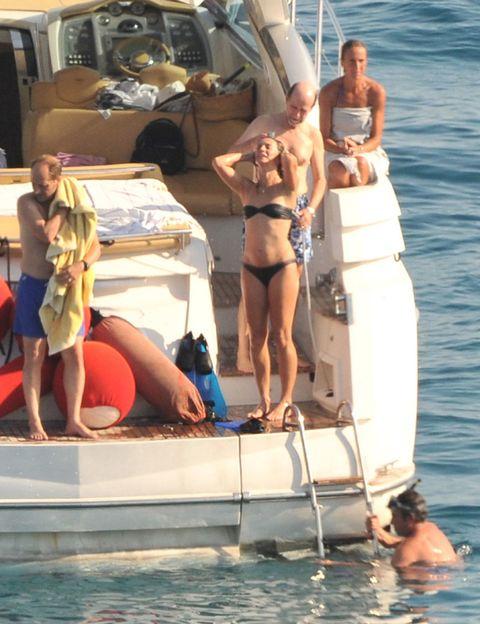 Fun, Recreation, Watercraft, Boat, Leisure, Summer, Outdoor recreation, Swimwear, Vacation, Brassiere,
