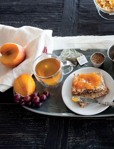 Serveware, Food, Ingredient, Tableware, Dishware, Dish, Cuisine, Fruit, Plate, Meal,