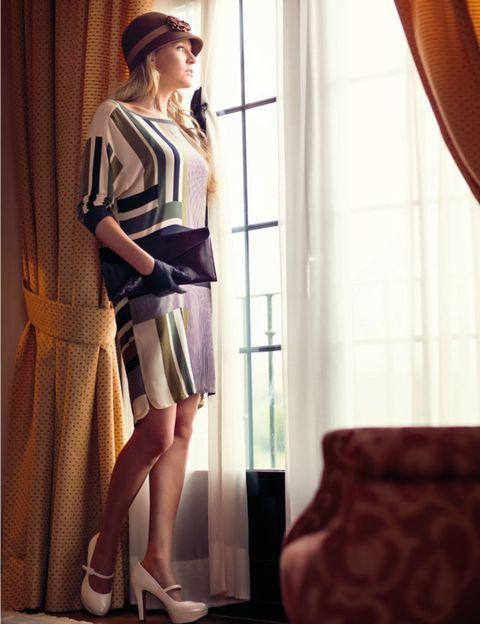 Interior design, Human leg, Textile, Hat, Bag, Window treatment, Knee, Interior design, Curtain, Window covering,