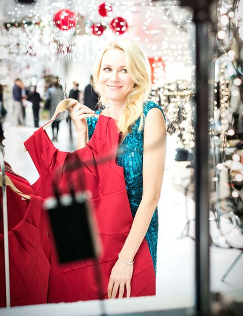 Red, Dress, Fashion, Bag, Holiday, Blond, Street fashion, Party supply, One-piece garment, Day dress,