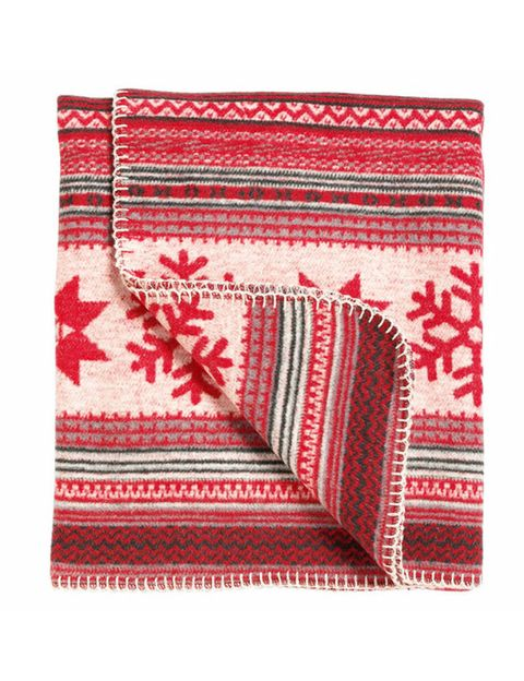 Textile, Red, Cushion, Pattern, Rectangle, Linens, Throw pillow, Maroon, Home accessories, Creative arts,