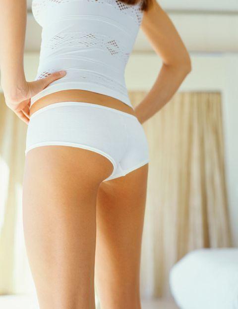 Skin, Shoulder, Joint, Human leg, Waist, Trunk, Thigh, Abdomen, Knee, Undergarment,