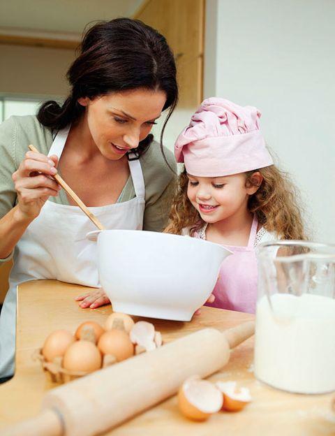 Ingredient, Milk, Raw milk, Plant milk, Bowl, Rice milk, Egg, Serveware, Egg, Dairy,