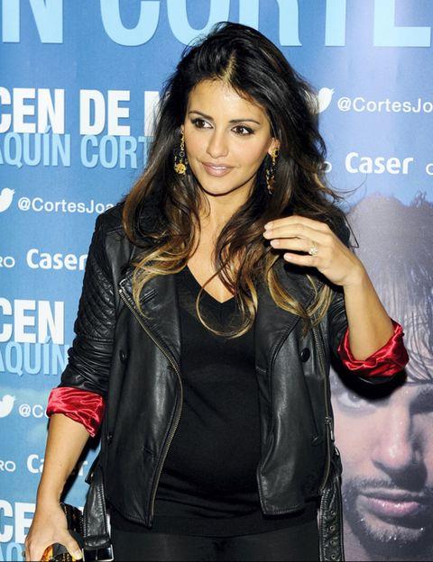 Arm, Jacket, Style, Fashion accessory, Denim, Leather, Fashion, Leather jacket, Beauty, Black hair,