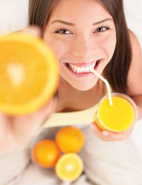 Yellow, Eye, Drink, Juice, Eyelash, Ingredient, Tableware, Tooth, Orange juice, Citrus,