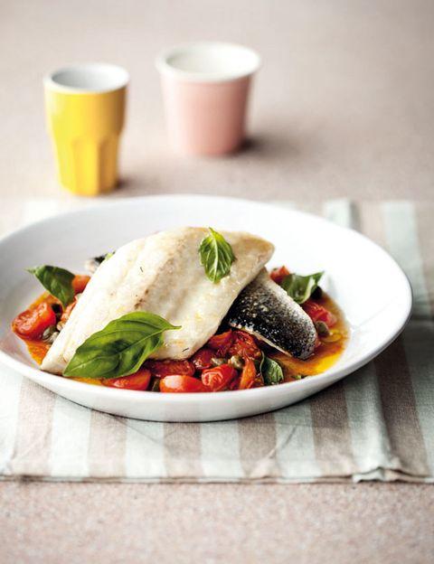 Food, Serveware, Dishware, Cuisine, Ingredient, Tableware, Produce, Leaf vegetable, Dish, Recipe,