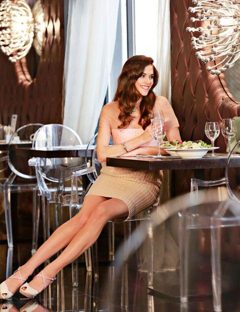 Human leg, Drinkware, Interior design, Curtain, Table, Interior design, Thigh, Drink, Window treatment, Serveware,