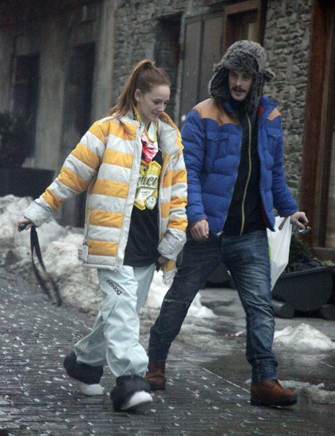 Clothing, Hair, Winter, Jacket, Trousers, Coat, Textile, Denim, Outerwear, Bag,