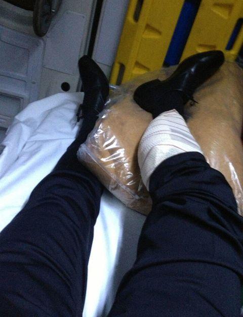 Human, Comfort, Human leg, Textile, Shoe, Joint, Tan, Leather, Foot,