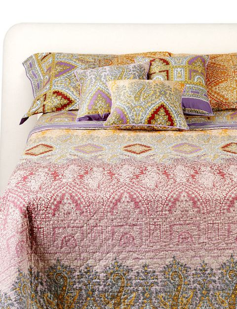 Blue, Yellow, Textile, Bedding, Room, Bedroom, Linens, Bed sheet, Furniture, Bed,