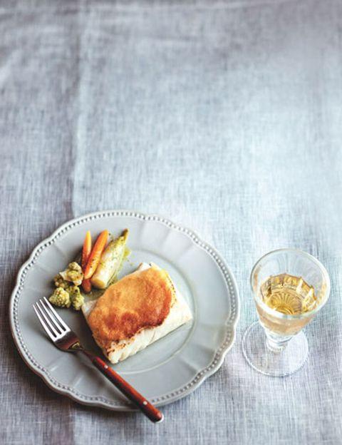 Serveware, Food, Dishware, Tableware, Cuisine, Ingredient, Plate, Finger food, Dish, Drinkware,