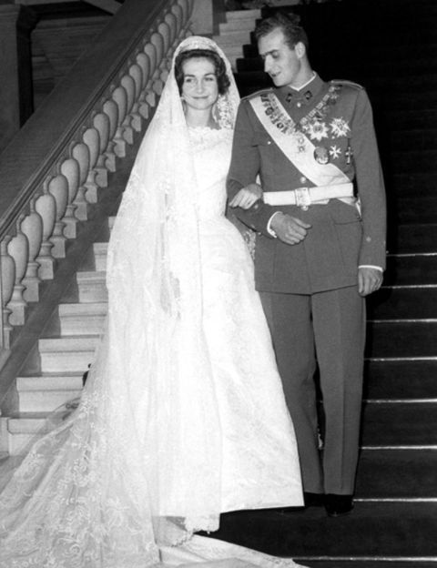 Trousers, Dress, Standing, Bridal veil, Photograph, Bridal clothing, White, Bride, Veil, Formal wear,