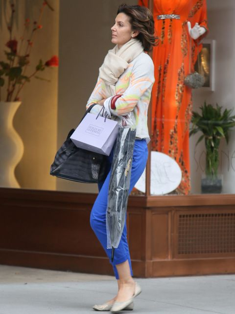 Textile, Joint, Denim, Bag, Flowerpot, Slipper, Street fashion, Houseplant, Luggage and bags, Coquelicot,