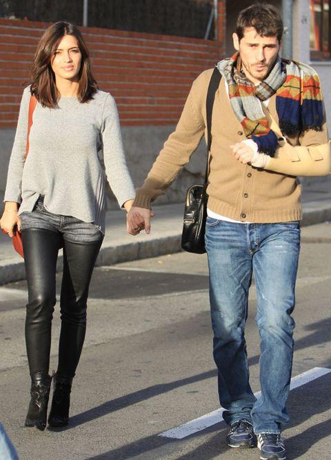 Clothing, Leg, Trousers, Denim, Textile, Jeans, Outerwear, Bag, Style, Street fashion,