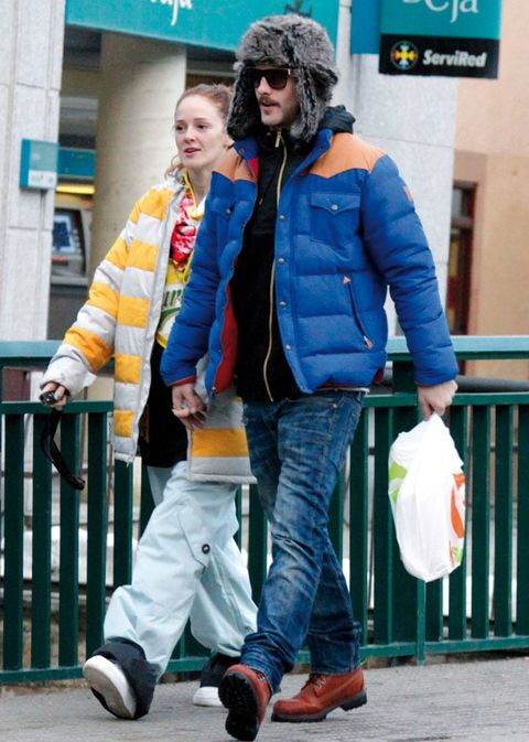 Clothing, Footwear, Leg, Blue, Trousers, Jacket, Shoe, Denim, Textile, Jeans,