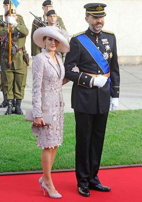 Los looks de la princesa Letizia en las bodas de la realeza europea 6b97c8f7101