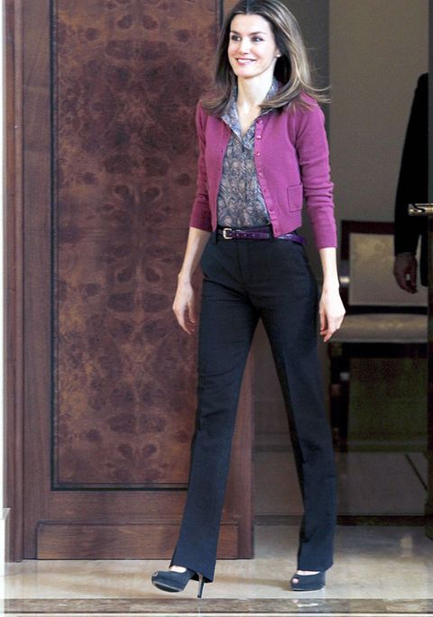 Clothing, Leg, Sleeve, Collar, Shoulder, Joint, Standing, Outerwear, Style, Purple,