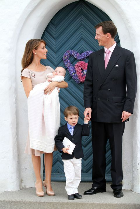 Clothing, Trousers, Coat, Collar, Shirt, Standing, Photograph, Suit trousers, Outerwear, Formal wear,